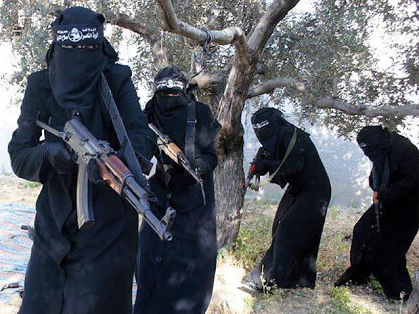Pemimpin ISIS Tunjuk Wanita Saudi Pimpin Batalion Tempur di Suriah