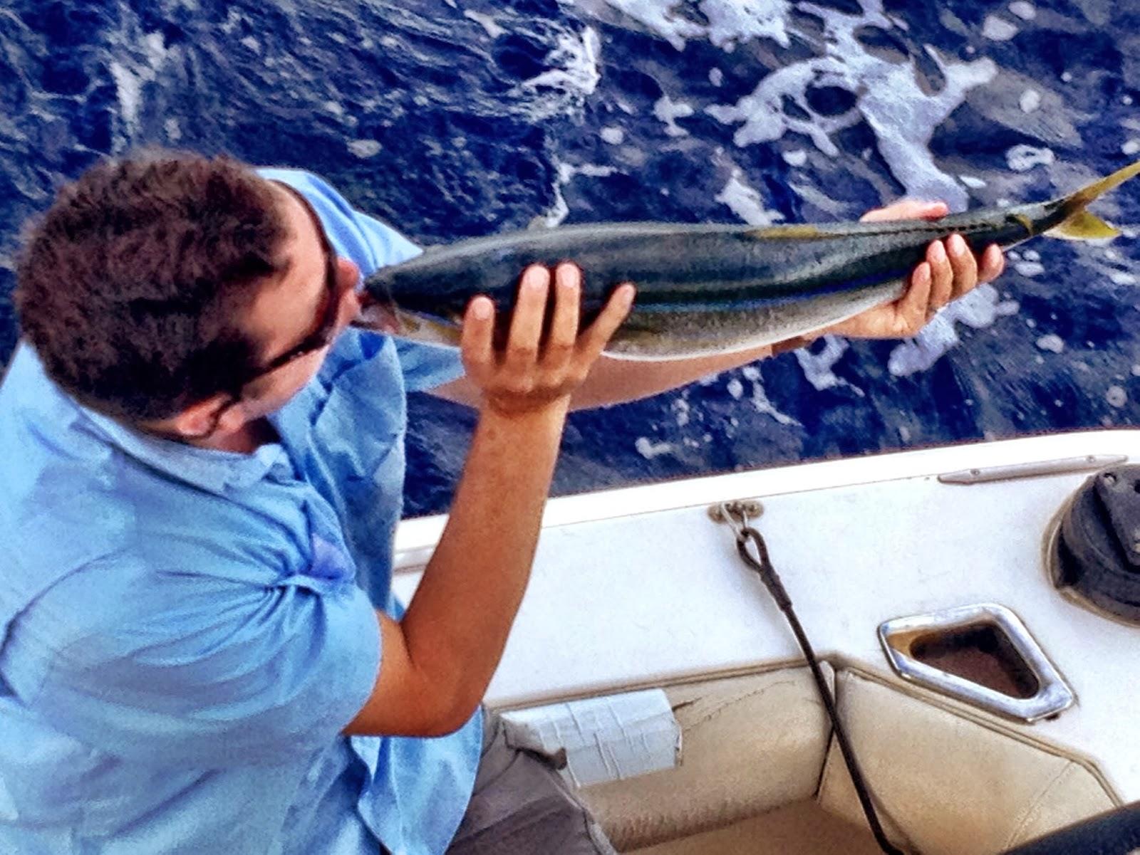 Maui fishing charters today 39 s fresh catch maui sport for Maui fishing report
