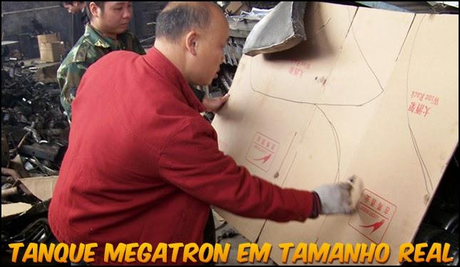 Fan de Transformers constroi Tanque Megatron em tamanho real