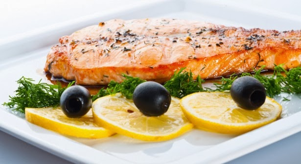 Mediterranean Salmon with Vegetables