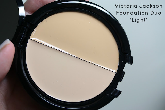 "Manicurity | Victoria Jackson ""No Make Up Make Up"" Foundation Duo in Light - Swatches & Review"