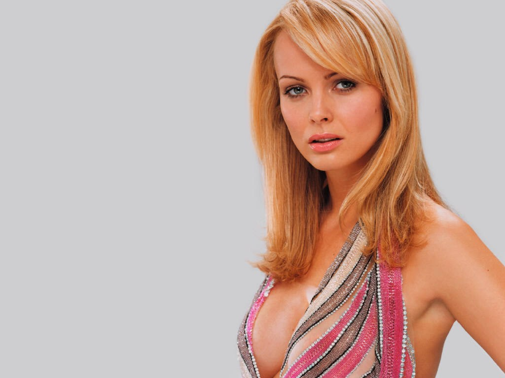 Izabella Scorupco Wallpaper - Hollywood Maza