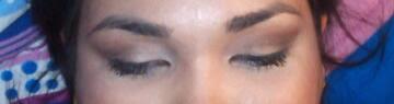 como maquillar ojos encapotados