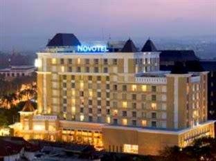 Hotel Murah Dekat Stasiun Tawang - Novotel Semarang