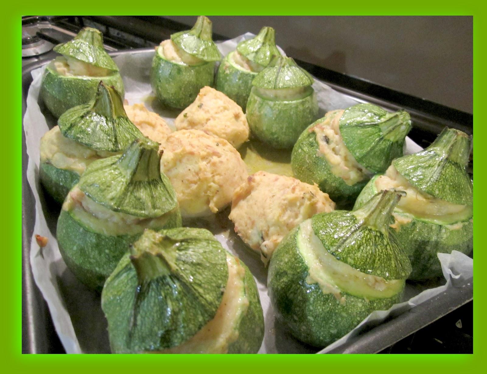 Mi piace fare zucchine ripiene di patate e tonno for Cucinare zucchine tonde