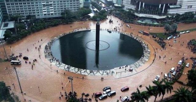 10 Cara Mencegah Dan Mengatasi Banjir