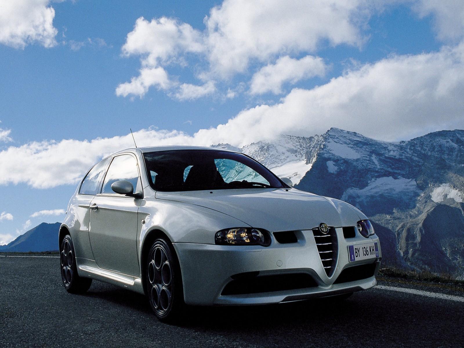 http://4.bp.blogspot.com/-tJmWDcxnKXw/TkFuHCVoSCI/AAAAAAAADzc/Qnp3CLH7Yfc/s1600/Alfa+Romeo+147+GTA+2002+02.jpg