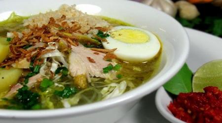 http://menjual-kerupuk.blogspot.com/2014/12/resep-membuat-soto-lamongan.html