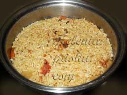 коричневый рис варится чуть дольше чем белый ~35- 40 мин