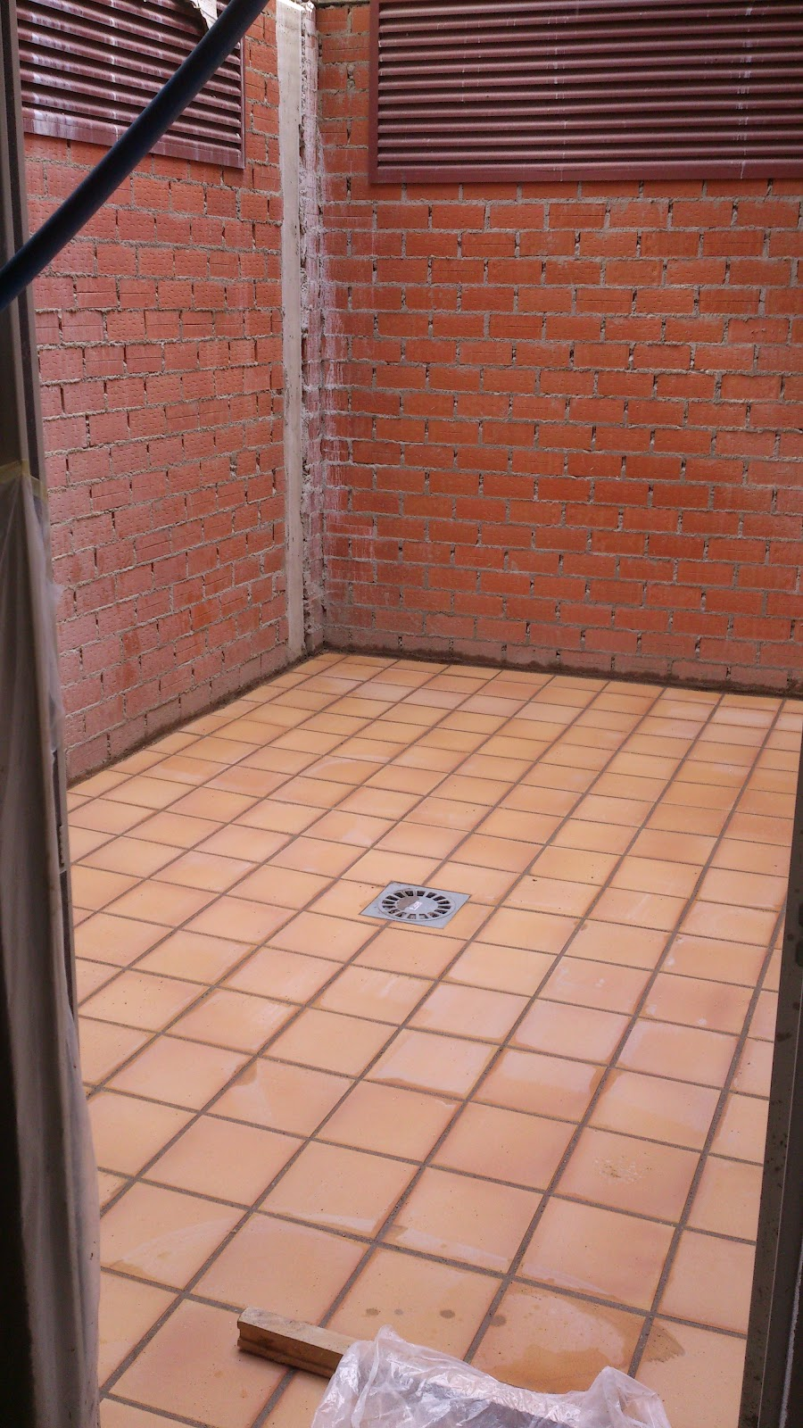 Grupo herce construcci n y servicios junio 2012 - Patio ingles ...