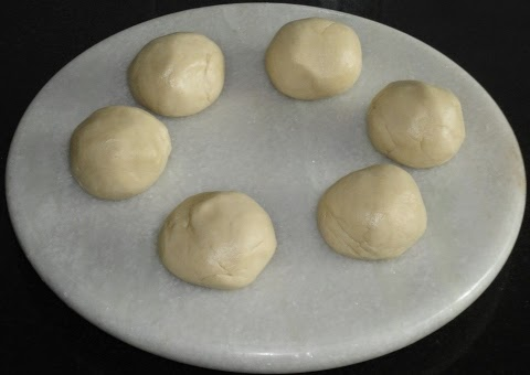 dough knead to soft