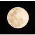 Lua azul ocorre nesta sexta-feiraExpressão 'lua azul' designa a segunda lua cheia do mês. Uso do termo teve origem em um erro ocorrido em 1946.