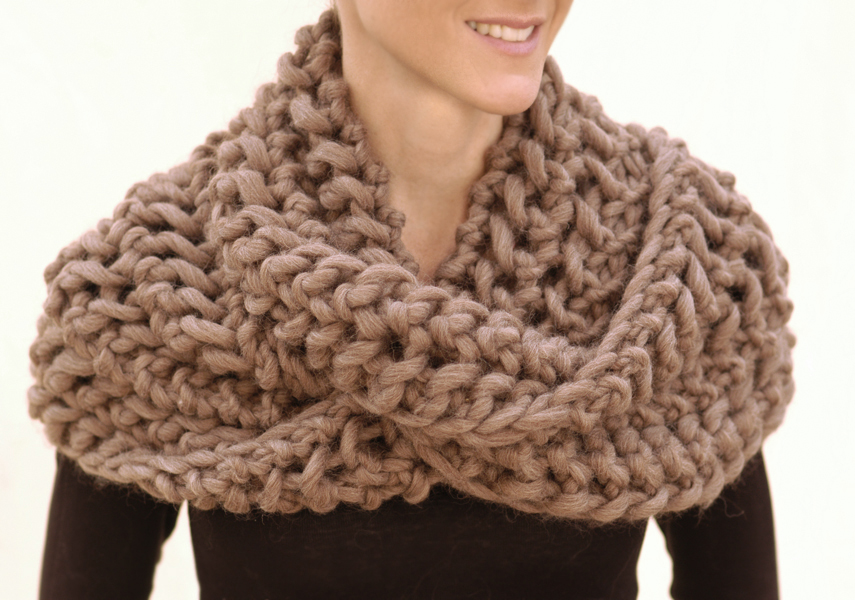 Free Knitting Patterns For Super Chunky Wool : Knit 1 LA: the Misti Net Scarf