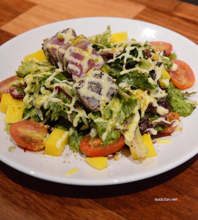 Blue Fin Tuna Salad - RM23