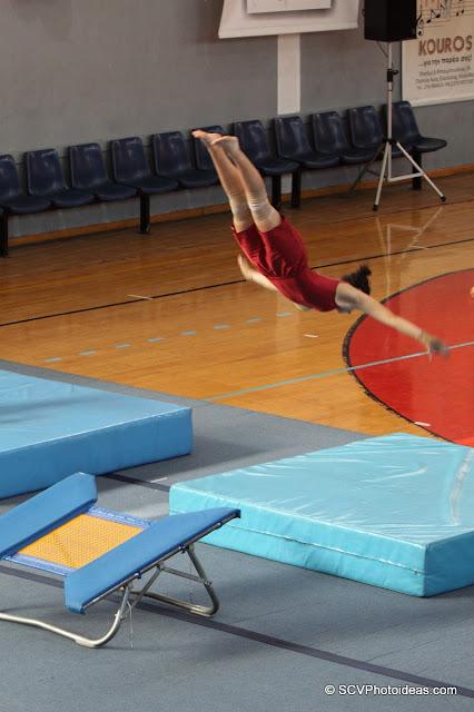 Rhythmic Acrobatic Gymnastics - synchronized jump 1/2