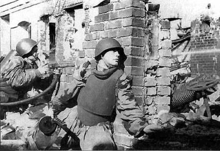 perang stalingrad yang banyak memakan korban dan merupakan perang terbesar sepanjang masa