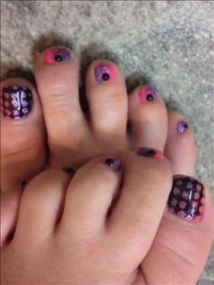 New-Season-Pedicure-Nail-Art-Ideas-8