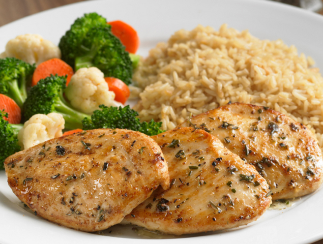 Grilled Chicken and Zucchine Salad | Healthy Chicken Recipe Grilled Chicken and Zucchine Salad Recipe tips