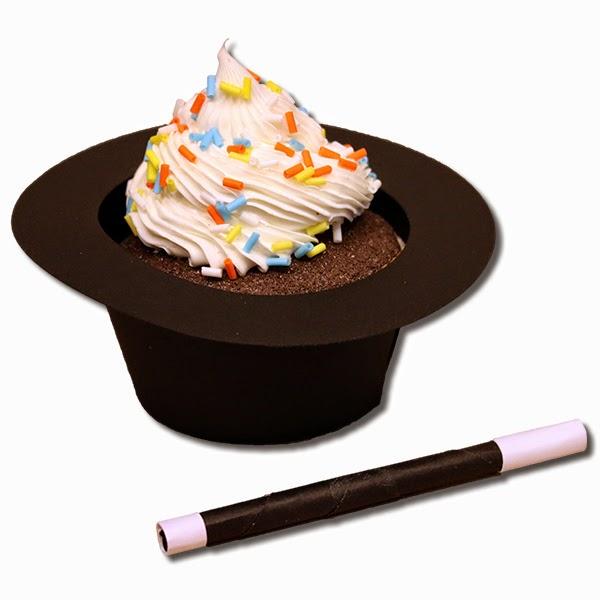 http://4.bp.blogspot.com/-tLkGpeEVOt4/VR6VCXPAPCI/AAAAAAAAWqA/QEvgi5RtTVo/s1600/Magician-Hat-Cupcake-Holder-jamielanedesigns.jpg