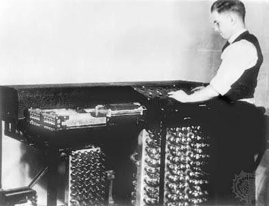 Digital electronic Computer
