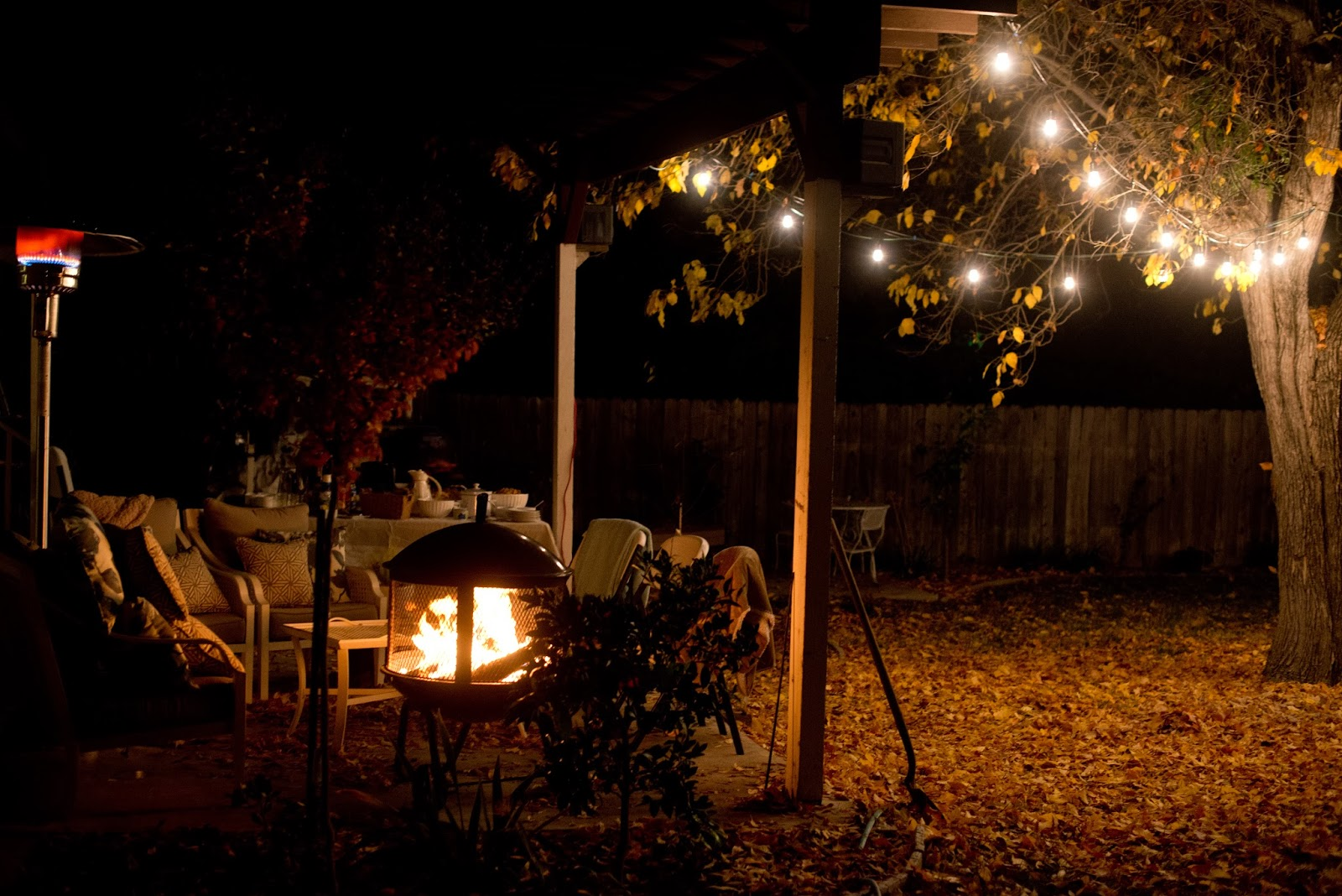 Autumn Night Fire Pit : Domestic fashionista backyard fire pit and game night