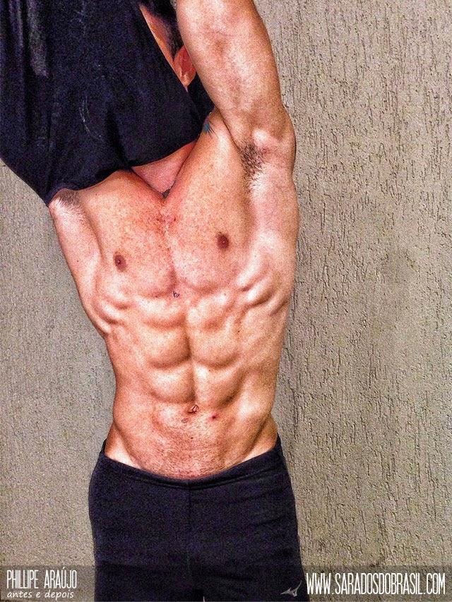 Phillipe Araújo segue uma dieta restrita para ganhar massa muscular Foto: Arquivo pessoal