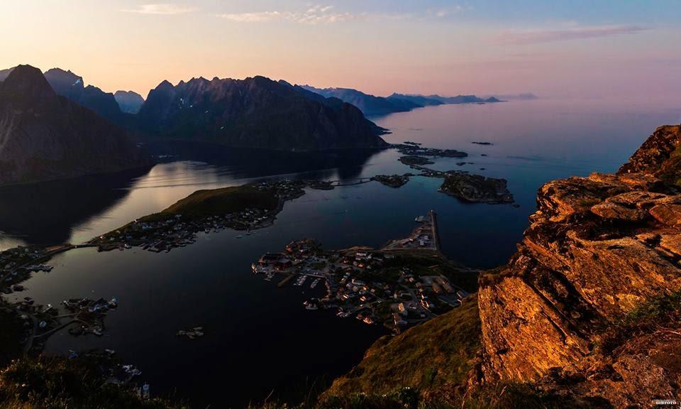 Reine, Lofoten - Norway (Photo by Geir-Inge Buschmann)