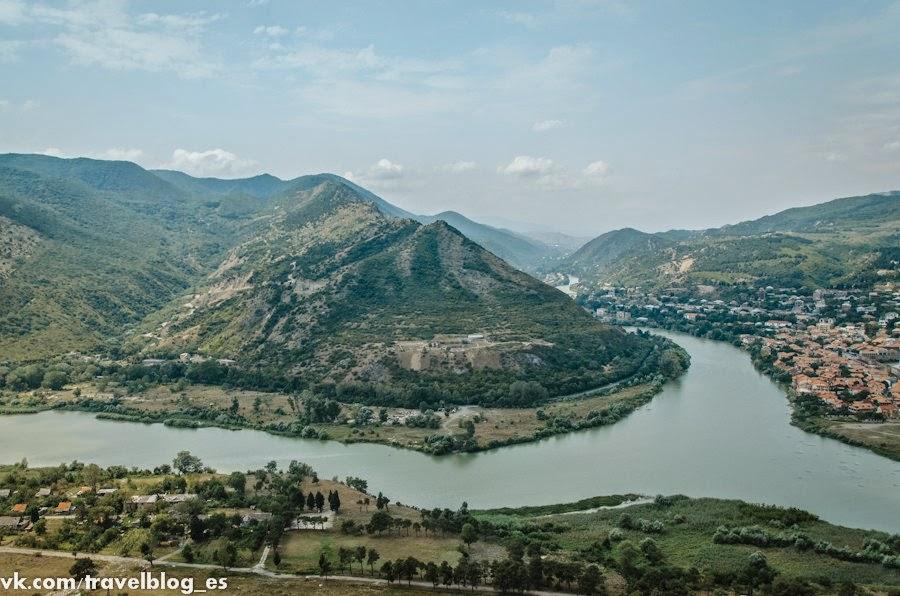 Cлияние рек Куры и Арагвы