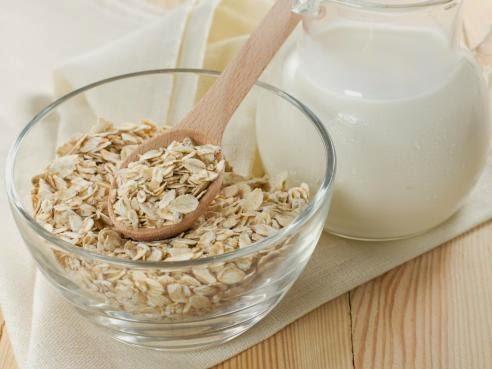 ¿Cómo puede ayudarte la leche de avena a mejorar tu salud?