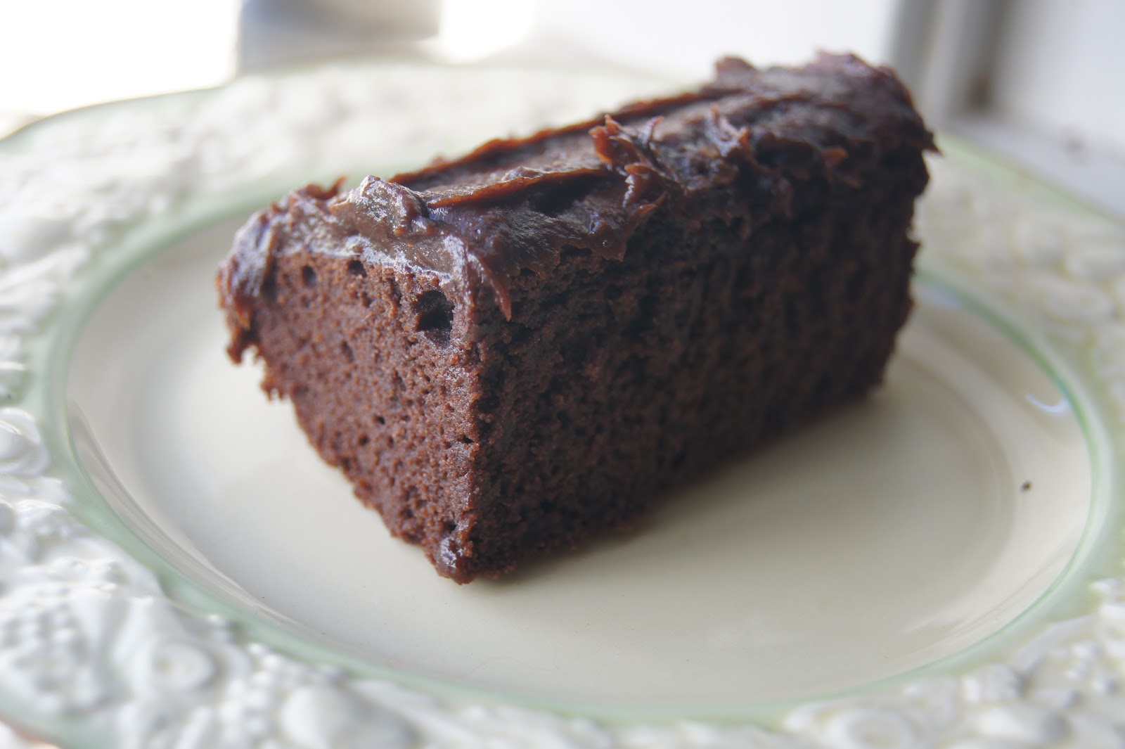 Fluffy Gluten-free Chocolate Cake with Sugar-Free Chocolate Frosting