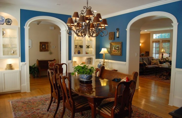 paint ideas for dining room with wainscoting