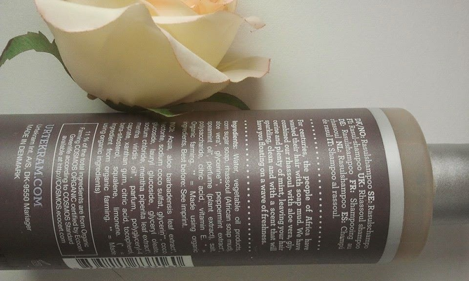 Urtekram-volume-shampoo-Rhassoul-on-my-table-withe-a-rose