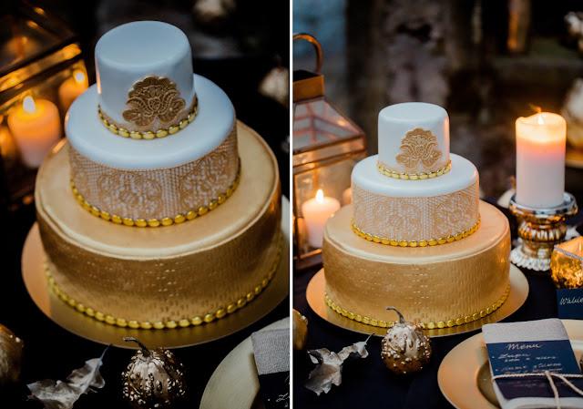 Złoty tort ślubny
