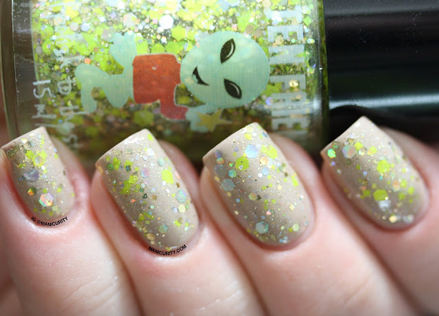 Manicurity | My Ten Friends Holiday 2013 Collections: Joy to the Worlds and Happy Frakkin New Year - Swatches & Review