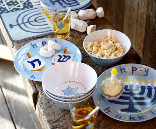 Pottery Barn Kids' Hanukkah tablesettings