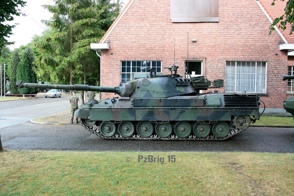 http://4.bp.blogspot.com/-tMhj-Cp3uEg/UEB1dquFBII/AAAAAAAAAtw/5Rsvh-Y0cgc/s1600/Leopard+1+A5+Belgia.jpg