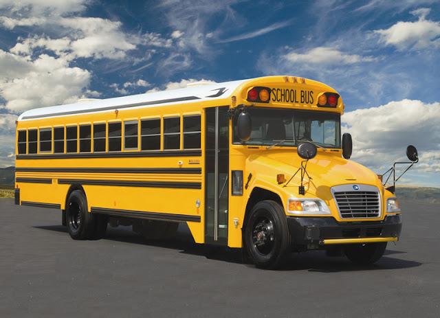 Foto Bus Sekolah Berwarna Kuning