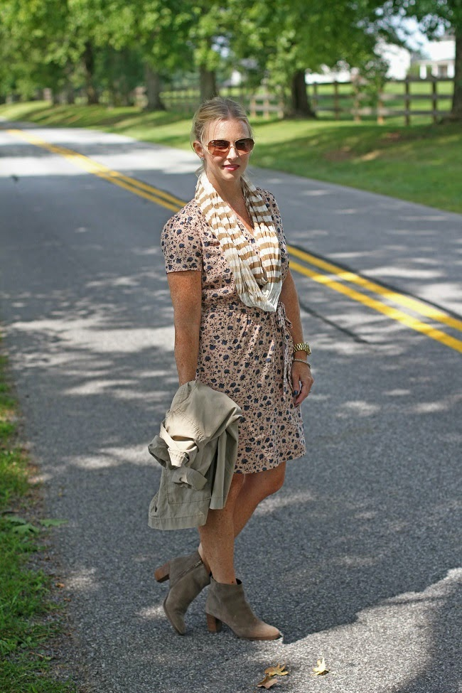loft floral dress, jcrew booties, ray ban aviator sunglasses