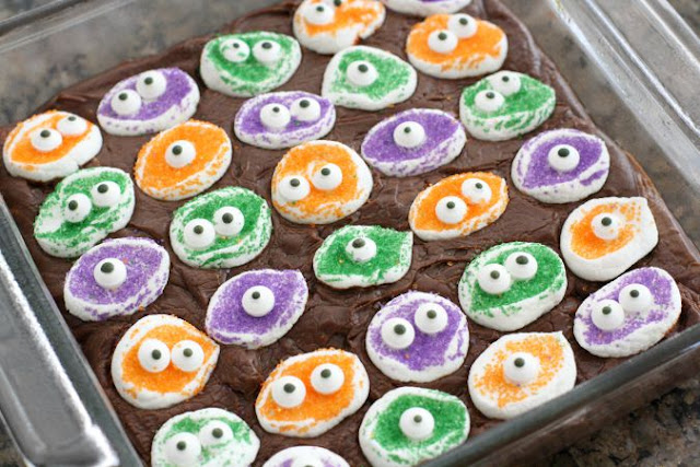 Halloween Treats Using Googley Candy Eyes