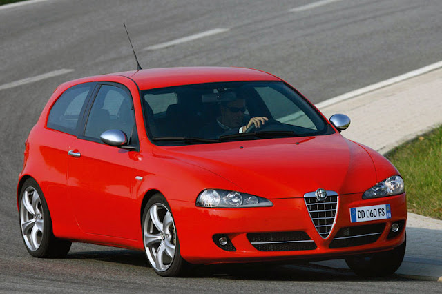 2009-Alfa-Romeo-147-Wallpaper