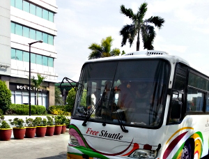 how to commute to Star Cruises Pasay Newport City