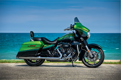 2012 Harley-Davidson FLHXSE2 CVO Street Glide Limited Edition