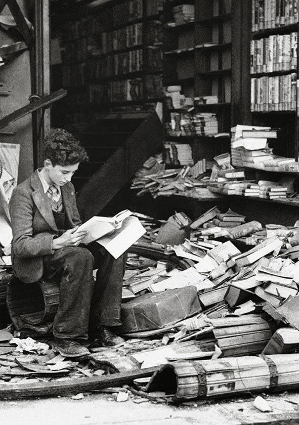 bookstore in London 1940