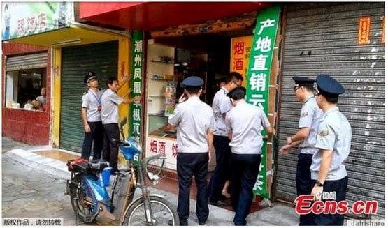 Petugas Bandaraya Di Kejar Dengan Pisau Potong Daging, info, terkini, berita luar,