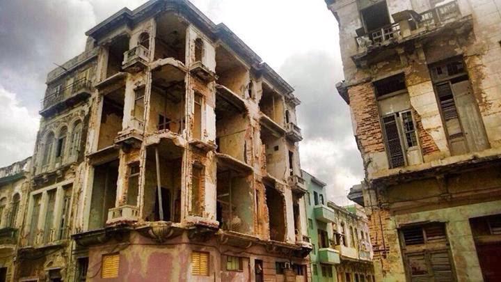 No es una ciudad abandonada, es el centro de La Habana.