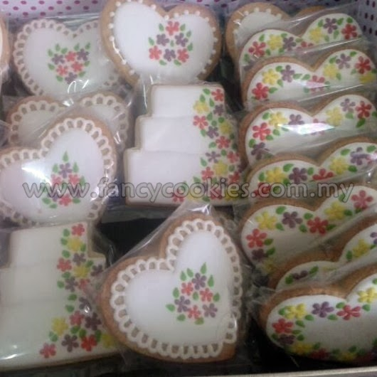 fancy cookies hantaran flowers