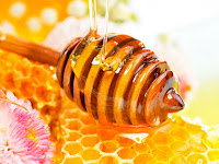 manfaat madu untuk kulit wajah