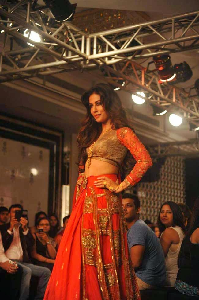 Actress Chitrangda Singh at LFW Winter Festive-2014