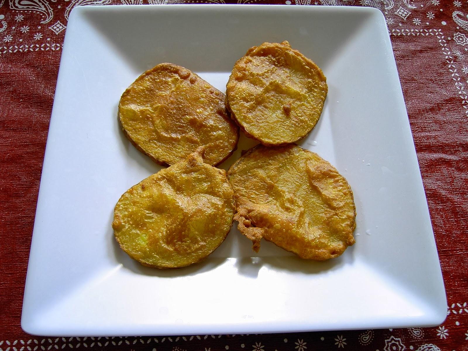 Enjoy Indian Food: Bhujiya/Pakoda - Onion & Potato fritters