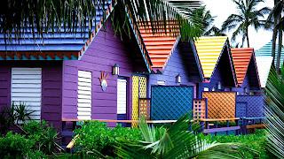 Desain Eksterior Rumah Berwarna-Warni